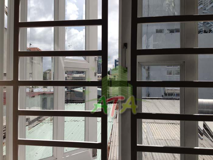 Nhà cho thuê nguyên căn quận 3 đường Võ Văn Tần, CMT8 giá rẻ - house for lease in D3