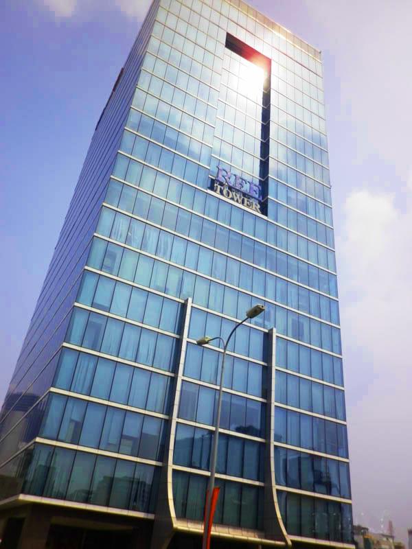 Tòa nhà Ree Tower, đường Đoàn Văn Bơ, quận 4