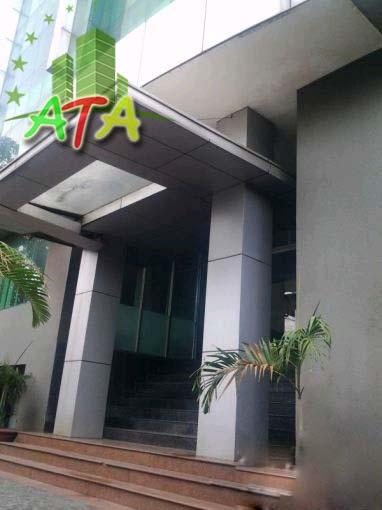 Văn phòng cho thuê 586 Building, đường Nguyễn Thiện Thuật, quận Bình Thạnh