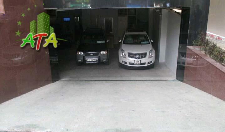 Tầng hầm đậu xe với không gian rộng rãi, có thể chứa nhiều xe ô tô cùng lúc