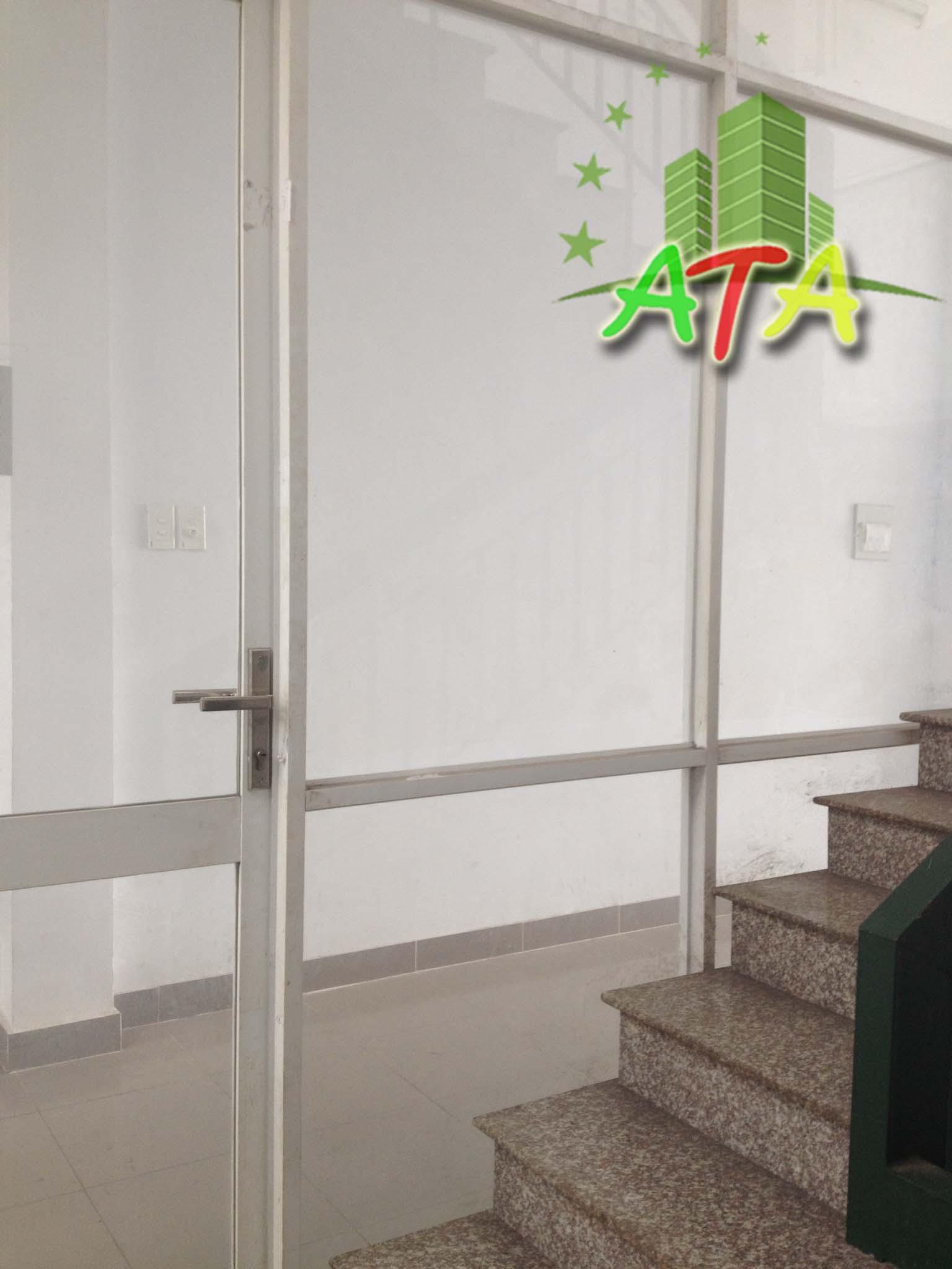nhà cho thuê quận phú nhuận giá rẻ, đường Phan Đình Phùng, ngã tư Phú Nhuận, house for rent in Phu Nhuan District