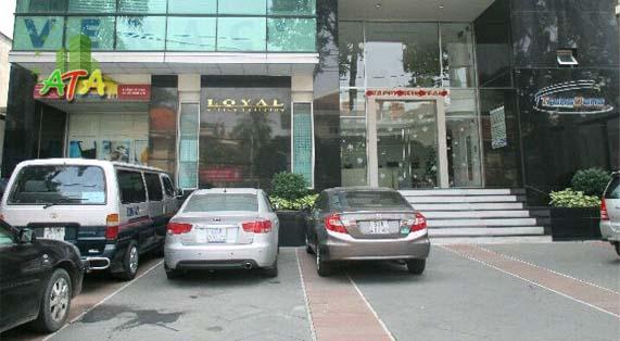 Măt tiền Loyal office building