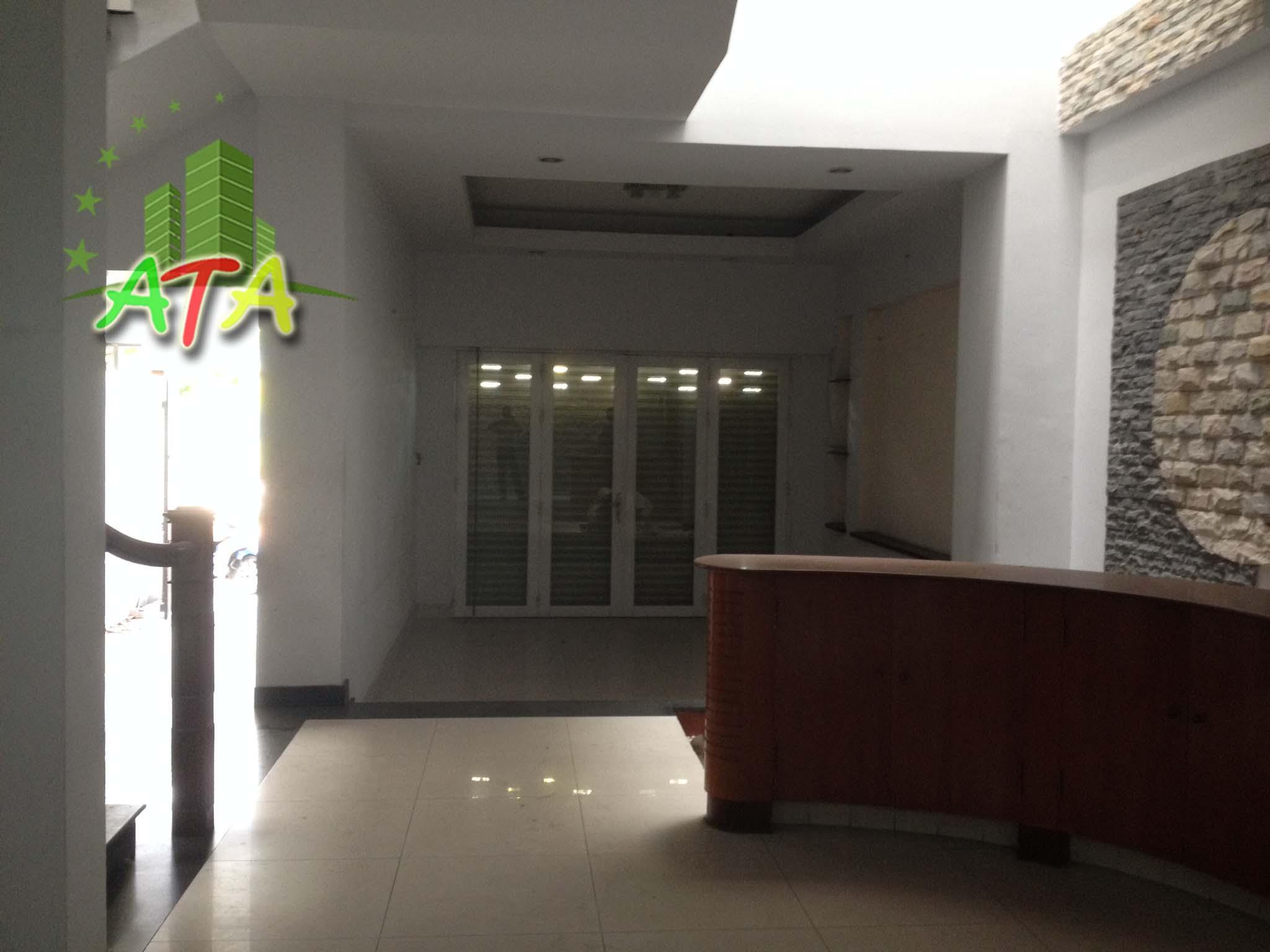 cho thuê biệt thự đường Nguyễn Thị Định, quận 2, house for rent
