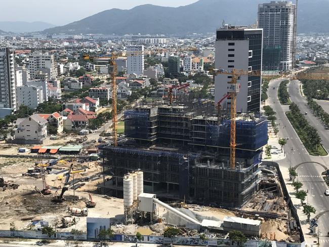 Nghịch lý trong sự tăng trưởng chóng mặt của các dự án Condotel?