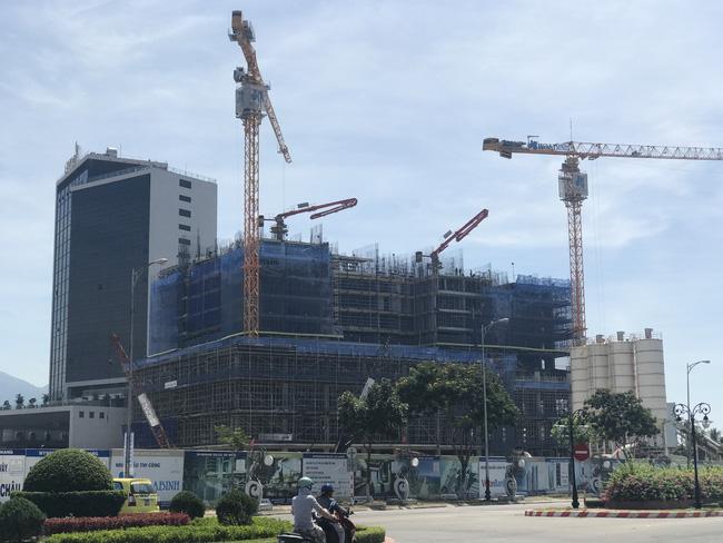 Người dân Đà Nẵng hưởng lợi nhờ các dự án khách sạn cao tầng