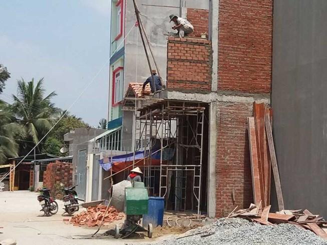 TP HCM sửa quy định cấp giấy phép xây dựng công trình tạm